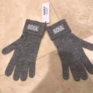 NWT Gray Soulcycle Cashmere gloves